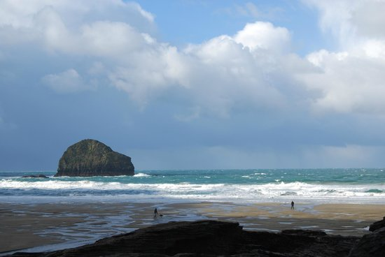 The Mill House Inn: Trebarwith Strand, only minutes away and stunning!