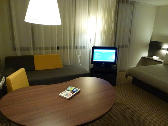 Novotel Suites Paris Roissy CDG: Superior Suite