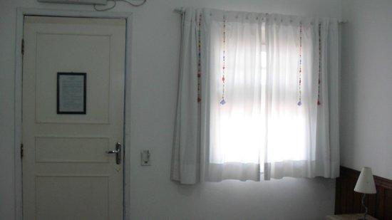 Hotel Porto do Eixo: QUARTO