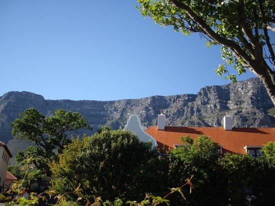 twentytwo: Der Blick auf den Tafelberg