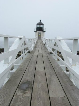Marshall Point Lighthouse Museum: Ramp to lighthouse