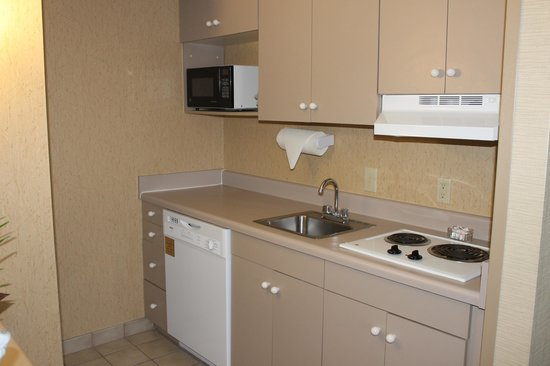Hampton Inn and Suites Florence-Civic Center: Kitchen