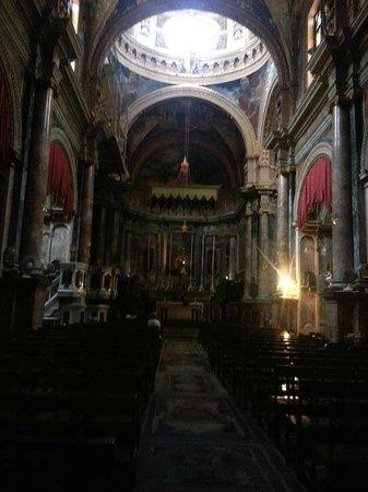 Église collégiale du naufrage de saint Paul : altar