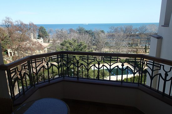 Alye Parusa Hotel: Вид из номера