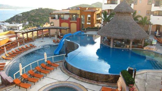 Playa Grande Resort: roof pool