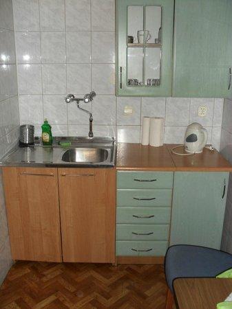 Apartments Florian - Old Town: Cucina