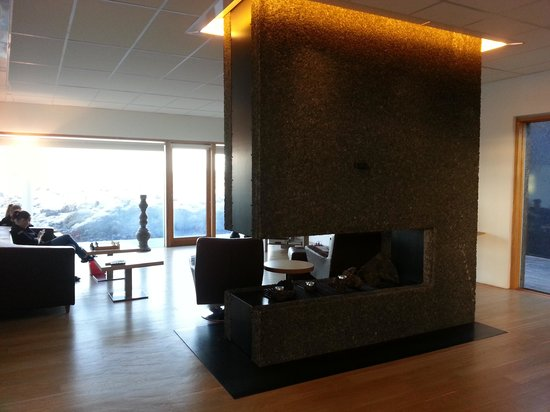 Silica Hotel : the lobby at the clinic