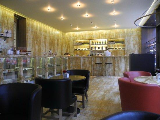 Cafe Royal Hotel: Das Café