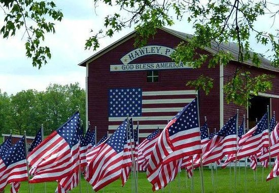 Hawley, PA: Vanderbeek Stables Salute to Veterans !