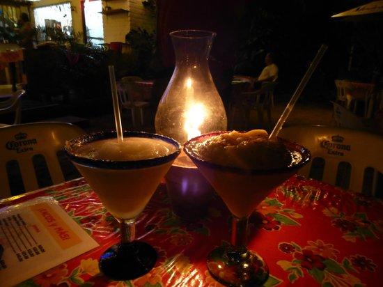 Tacos y Mas! : Margaritas