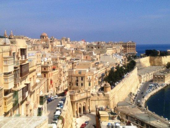 The Malta Experience: Вид с верхнего сада