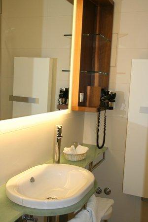 Hotel Europäischer Hof: Ванная комната