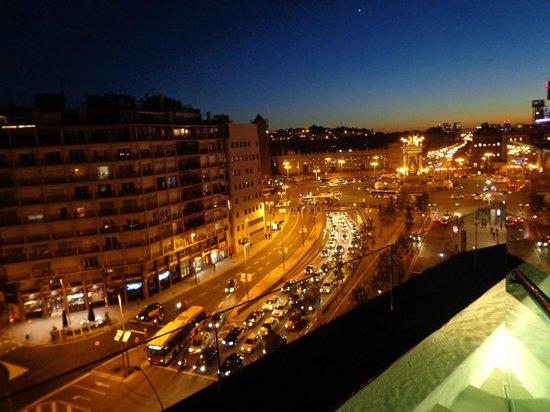 B-Hotel : night on Plaza Espania