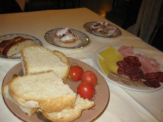 El Moli Hotel Rural: Desayuno restaurante el Papa