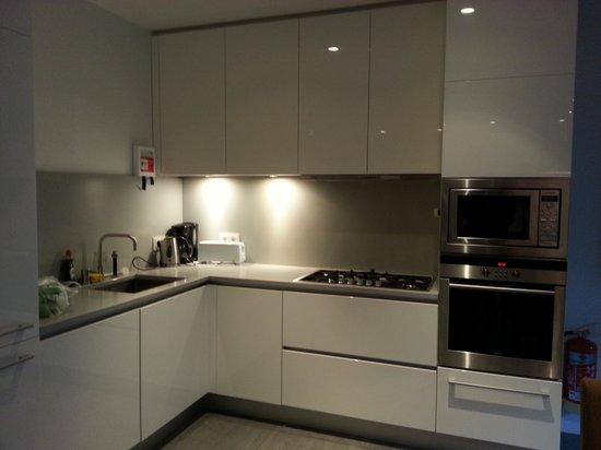 Ocean Comfort Apartments: the kitchen