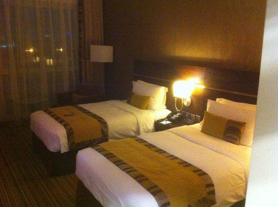Oryx Rotana Doha: room