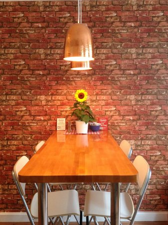 Maialino Deli & Cafe: our feature brick wall