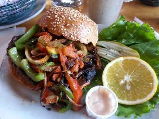 Barney's Gourmet Hamburgers: Louisiana Burger