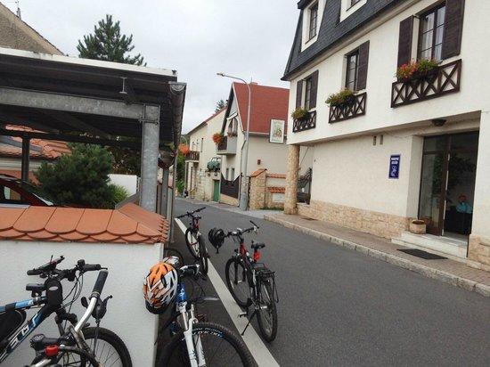 Hotel Prokop: так выглядит отель с улицы