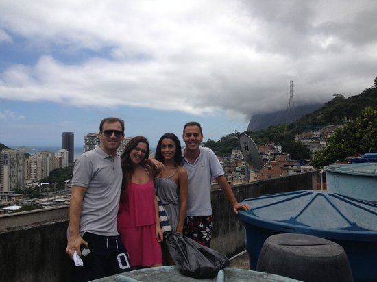 Exotic Tours : Our group in Rocinha