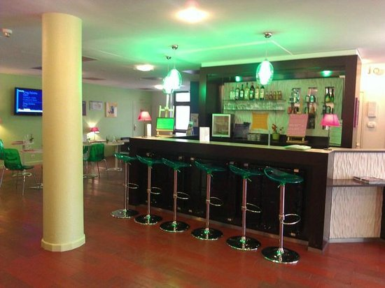 Ibis Styles Bordeaux Gare Saint-Jean : Acceuil - Bar