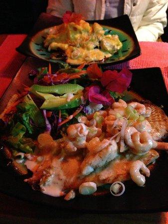 Vejam que prato bonito, bem servido e delicioso no Makona Restaurante, Ilha de Páscoa