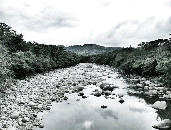 Caldera Hot Springs: river view from the bridge