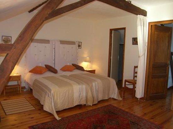 Chateau De Sombrun : Chambre Madiran