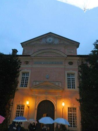 Castello di Rivalta: frontale castello