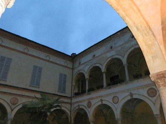Castello di Rivalta: castello interno