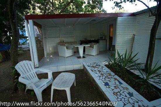 La Rose du Bresil: l'entrée du bungalow Vanille