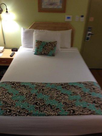 Waikiki Sand Villa Hotel: Room