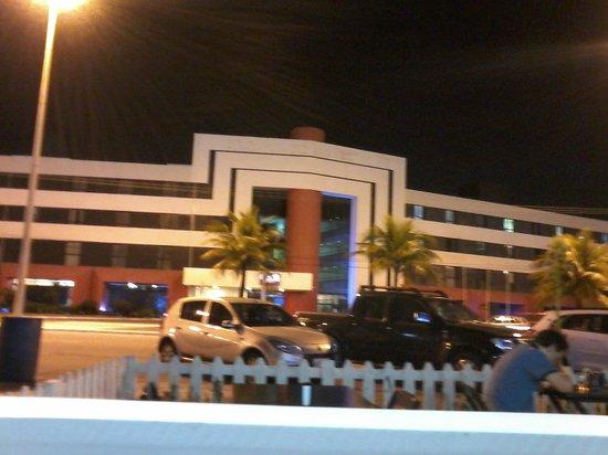 Del Mar Hotel: Frente do Mercure Aracaju Del Mar