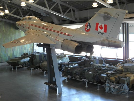 Canadian War Museum: Le Breton Gallery - jaw dropping!