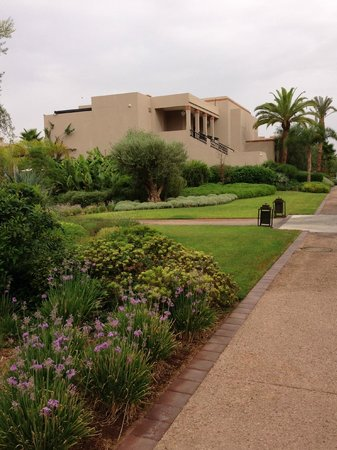 Four Seasons Resort Marrakech: jardines y flores