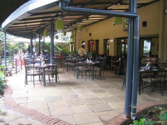 PrideInn Hotel Raphta : Breakfast Erea