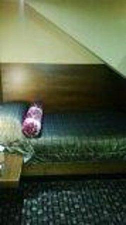 The Rutland Hotel: Single Bed in Attic Room