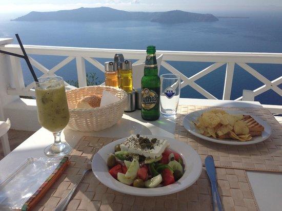 Regina Mare Hotel: Our lunch