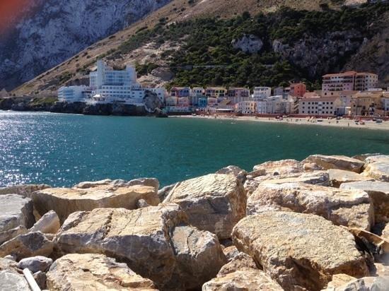 Caleta Hotel: view from beach of calleta hotel