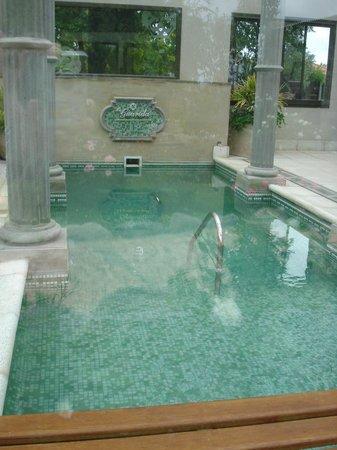 La Guarida Hotel: pileta cubierta climatizada + spa