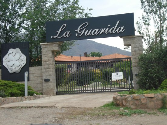 La Guarida Hotel: ingreso ppal