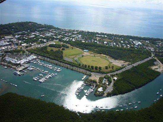 Birdsong B&B Port Douglas: Port Douglas view from air