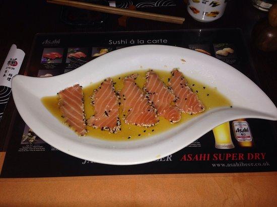 Zen No Hashi : Salmone scottato al sesamo