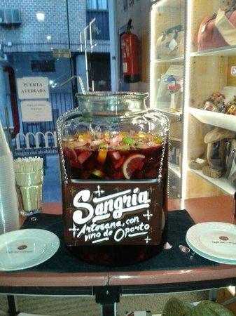 Cafe del Art: Sangria de Vino de Oporto