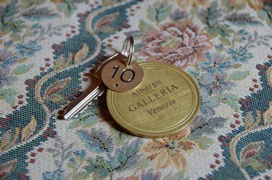 Hotel Galleria : Room key