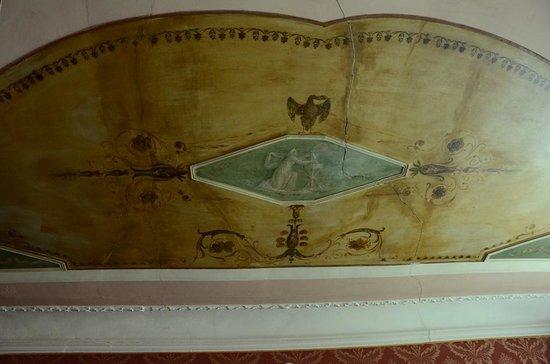 Hotel Galleria : Ceiling (room #10)