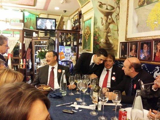 Trattoria al Cancelletto Verde dal 1954: Il Gentilissimo cameriere...