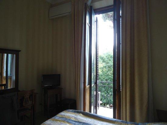 Hotel Moderno : chambre