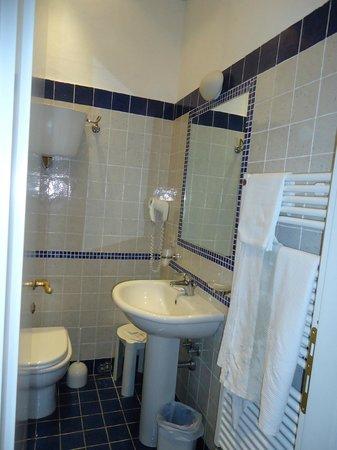 Hotel Moderno: salle de bains