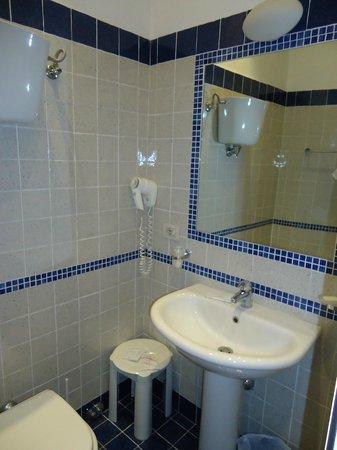 Hotel Moderno : salle de bains